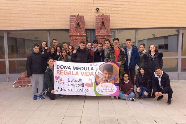 Apoyo de nuestros alumnos de FP a la campaña Busco Mi Heroe de Lucas